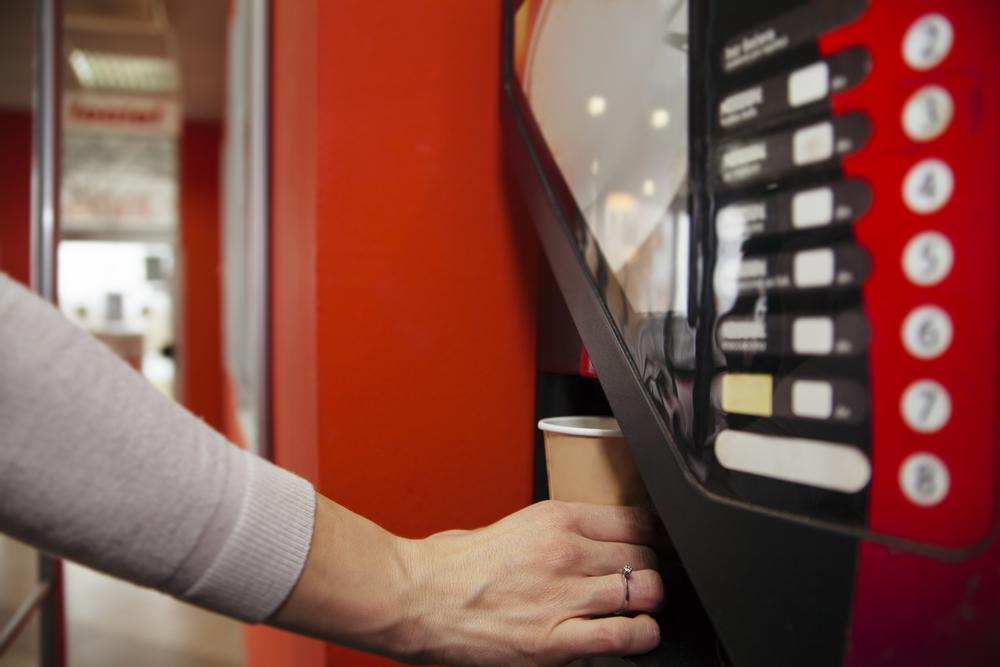 Kaffeevollautomat - Standgerät mit Bezahlfunktion
