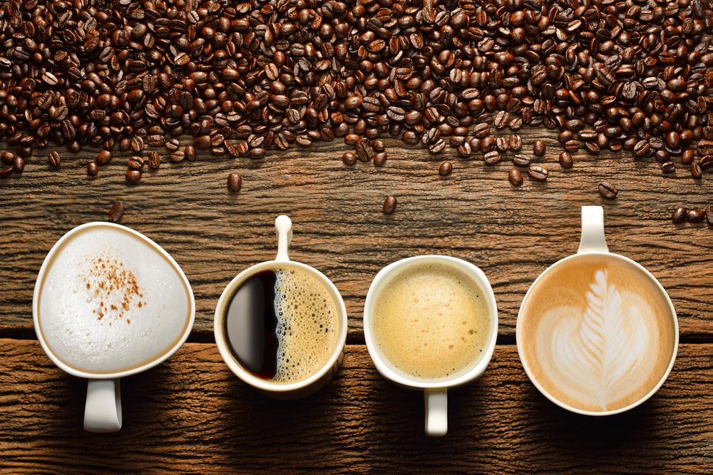 Leckere Kaffeespezialitäten und Kaffeebohnen